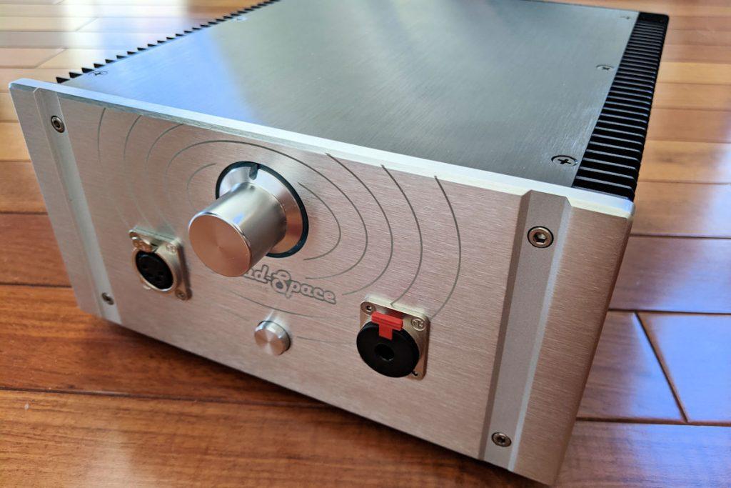 DanaTone's Head-Space Amplifier
